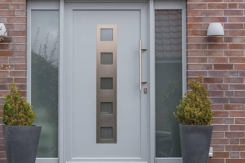 Jakie drzwi wejściowe_budvar